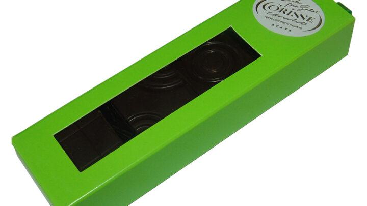 Cutie tablete din ciocolata neagra cu ulei esential de menta 16 bucati 75 grame