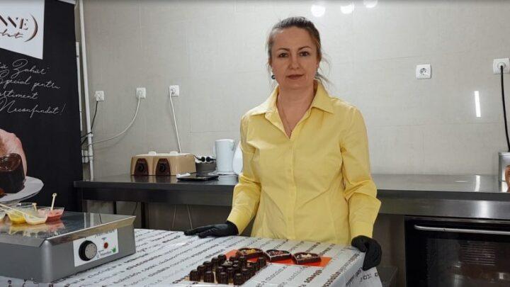 INTALNIRE IN AUTENTIC CU CORINA IFRIM DRĂGULINESCU: MIGALOS ARTIZAN DE DELICATESE SANATOASE DIN CIOCOLATA
