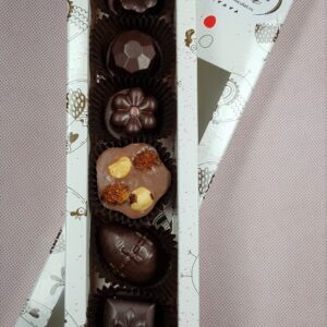 cutie bomboane sarbatori de paste